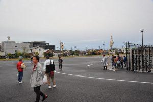 18時、MIM第2駐車場 参加される方が集まり始めました